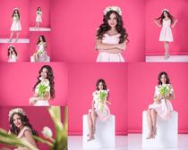 花朵与写真美女拍摄高清图片