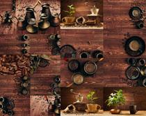 咖啡果与木板摄影高清图片