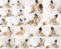 妈咪与宝宝摄影高清图片