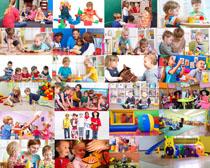 做游戏的儿童摄影高清图片