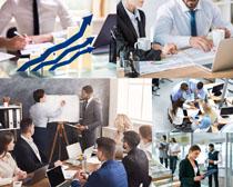 商务职业人士会议摄影高清图片