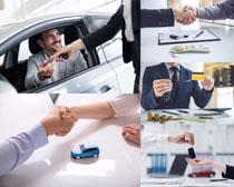 成功购车男人摄影高清图片