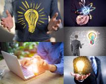 灯泡与商务人士摄影时时彩娱乐网站