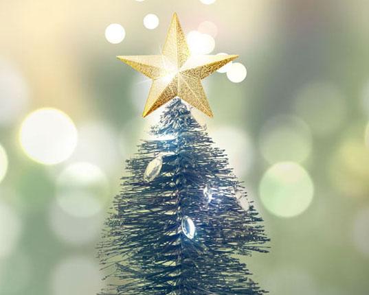 圣诞树上的五角星PSD素材