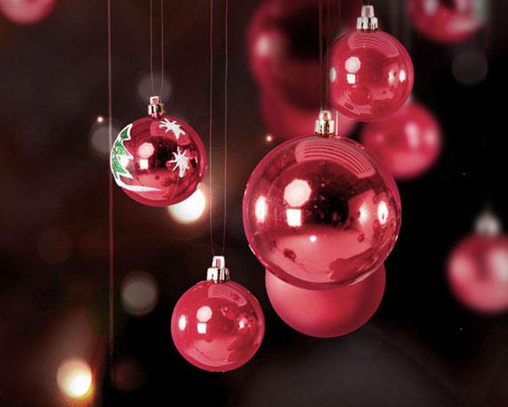 圣诞红色球PSD素材
