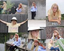 欧美户外写真美女拍摄高清图片