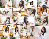 果汁饮料与美女拍摄高清图片