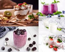 草莓奶茶飲品攝影高清圖片