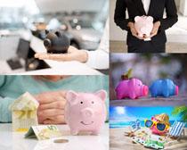 可愛小豬存錢罐攝影高清圖片
