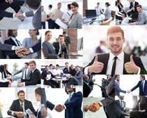握手的商务人士摄影高清图片