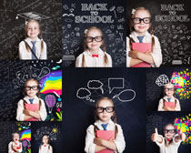 学习的小女孩写真摄影高清图片