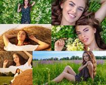 花朵丛林微笑女人摄影时时彩娱乐网站