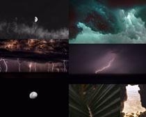 黑色月亮閃電云朵攝影高清圖片