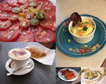 面包西红柿早餐摄影高清图片