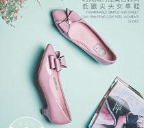 甜美简约女鞋海报PSD素材