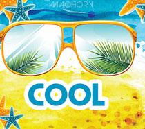 夏日海边沙滩眼镜海报PSD素材