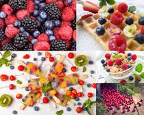 藍莓覆盆子冰棒水果攝影高清圖片