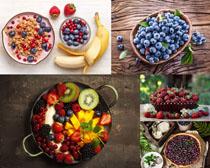 藍莓樹莓獼猴桃水果攝影高清圖片
