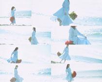 海邊美女寫真拍攝高清圖片