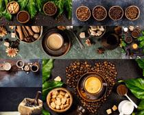 咖啡果與餐具攝影高清圖片