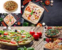 番茄肉辣椒披萨饼摄影高清图片