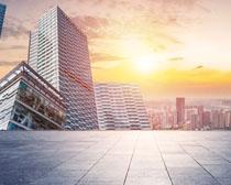 繁華的都市建筑物PSD素材