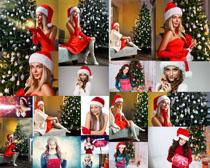 欧美女性圣诞节礼物摄影高清图片