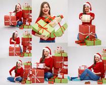 圣诞节美女与礼物写真拍摄高清图片