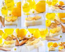 黄金色SPA护理工具摄影高清图片