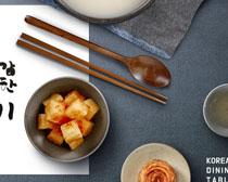 韓國泡菜與餐具PSD素材