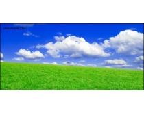 蓝天白云草地高清图片
