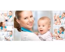 抱宝宝的护士高清图片素材